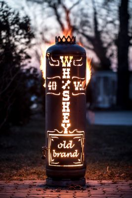 Feuerstelle Whiskey Whisky old Brand
