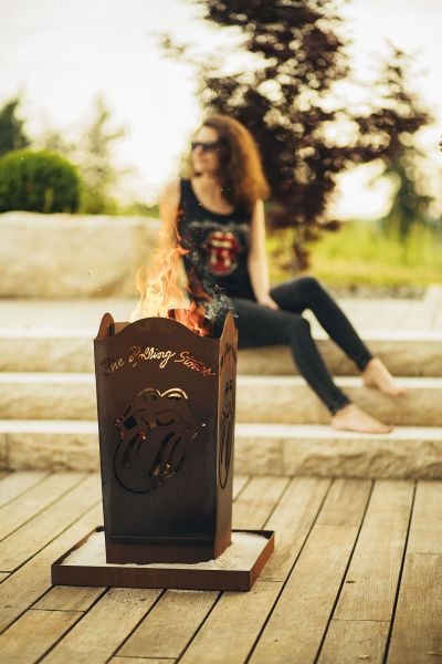 Firepit The Rolling Stones Licks